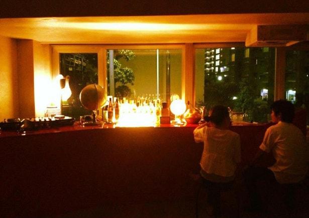 dj-bar-neon