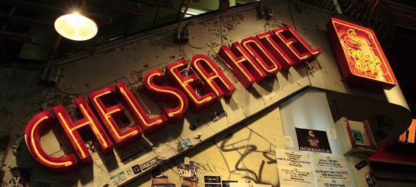 チェルシーホテルのネオンサイン
